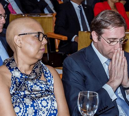 Cancro da mulher de Passos Coelhos alastra ao pulmão e estado de saúde é preocupante