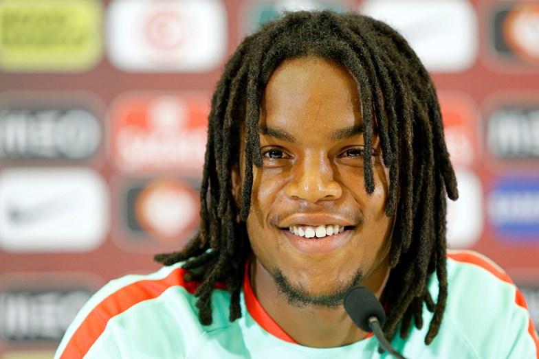 Sorridente, pela seleção principal de Portugal, no Euro 2016, onde se sagrou Campeão Europeu