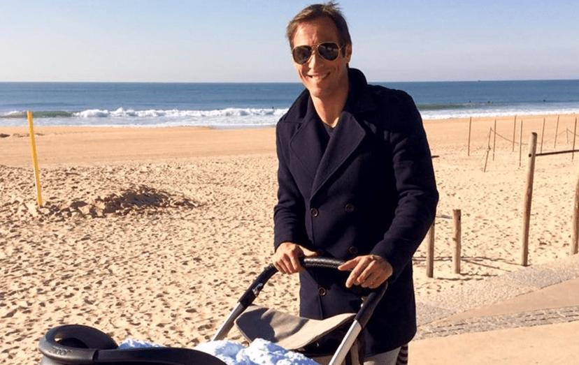 José Carlos Pereira num passeio com o filho, em Carcavelos. Esta terá sido uma das últimas vezes que Zeca esteve com Salvador