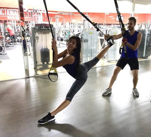 Adepta de yoga e TRX, Georgina Rodríguez trabalha bem para manter o seu corpo em forma e saudável