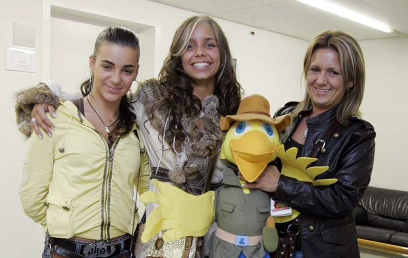 Luciana Abreu com a irmã Luísa e a mãe Ludovina, em 2007, nos tempos de harmonia familiar