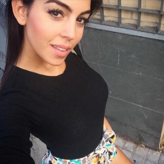 Georgina Rodriguez sensual no ginásio