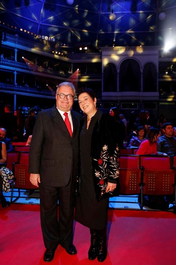 O ministro da Cultura e a mulher