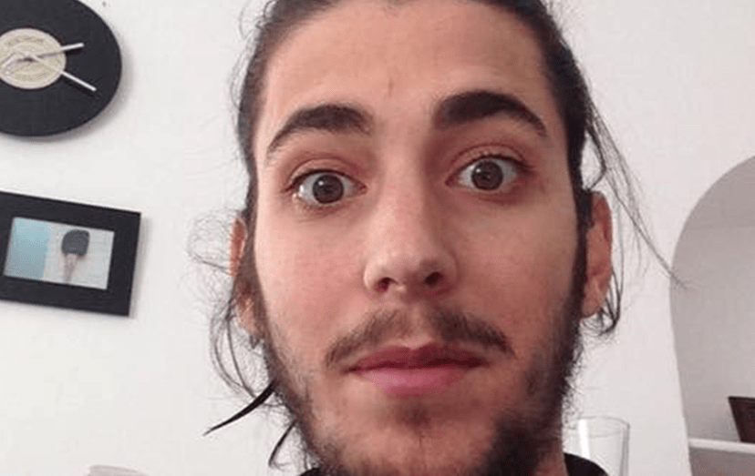 O visual mais recente do cantor Salvador Sobral
