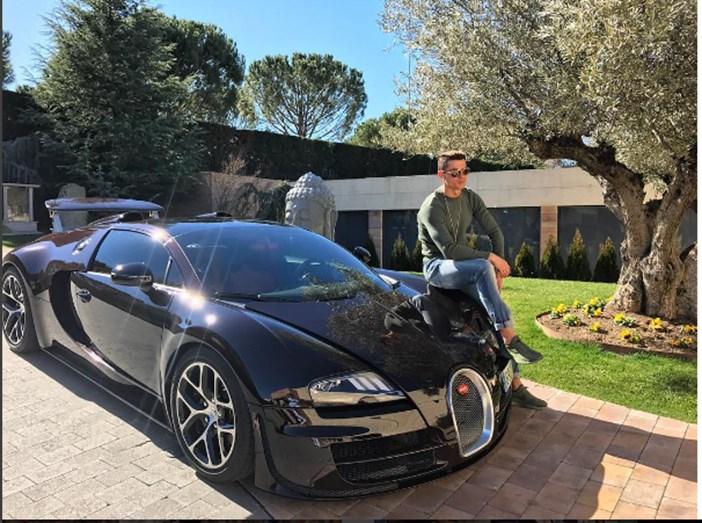 Cristiano Ronaldo e a sua nova 'bomba', o novo Bugatti
