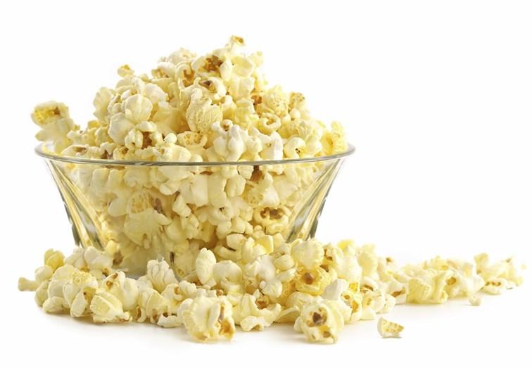 PIPOCAS - Preparadas apenas com ar aquecido, sem óleo, sal ou outros aditivos, podem ser consumidas à vontade, sem comprometer a dieta. Um copo de pipocas, por exemplo, contém apenas 31 calorias