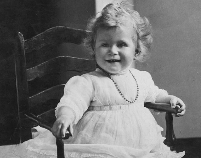 Isabel II em criança