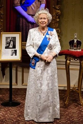 A figura de cera da rainha Isabel II, no museu Madame Tussauds em Londres.