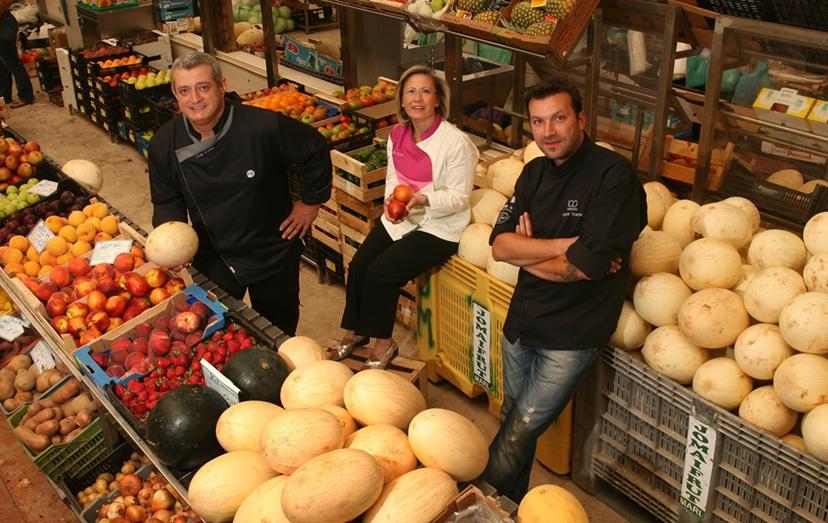 O 'chef' bósnio com Justa Nobre e o 'chef' Cordeiro, quando foram jurados do programa 'Masterchef', também da TVI. Só pelo facto de conhecer elementos da produção, que fizeram este programa, é que aceitou entrar em 'Pesadelo na Cozinha'