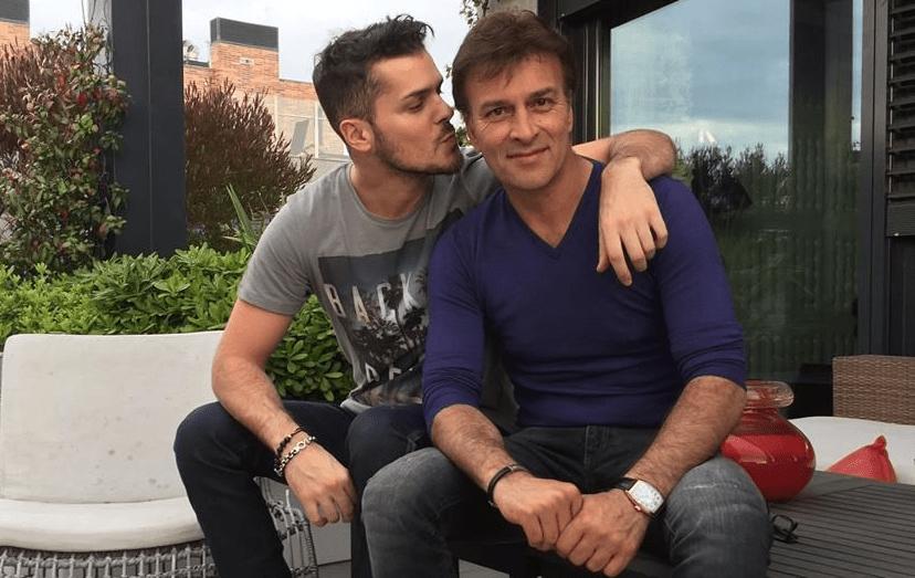 Mickael Carreira, 30 anos, o filho mais velho de Tony foi o primeiro a torná-lo avô