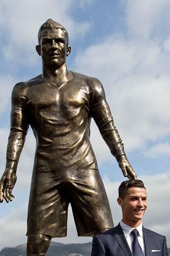 Inauguração da estátua, na baía do Funchal, em homenagem a Cristiano Ronaldo