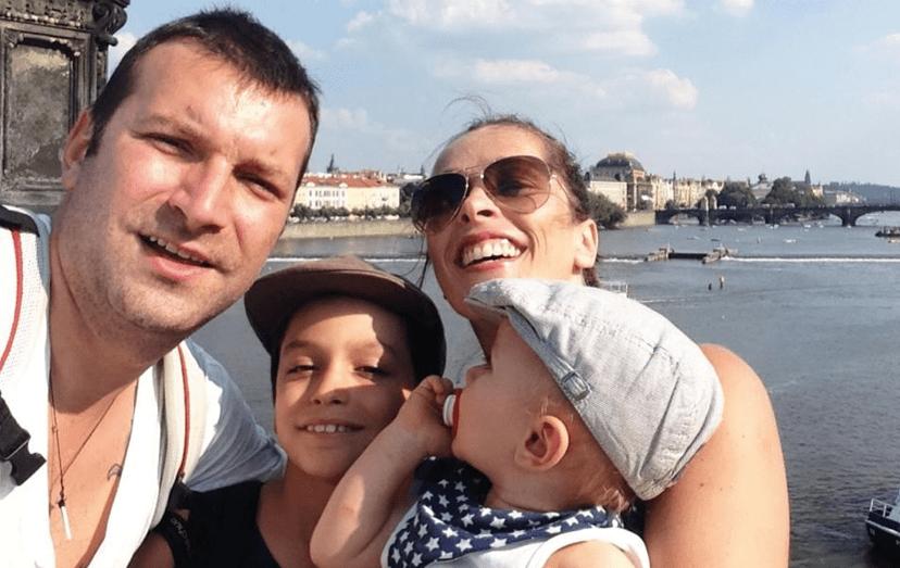 Ljubomir com a mulher, Mónica Franco, e com os dois filhos, Mateus e Lucas.