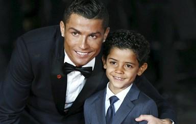 Cristiano Ronaldo gasta milhões com os gémeos