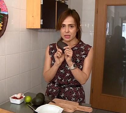 Ana Ni Ribeiro mostra como fazer guacamole