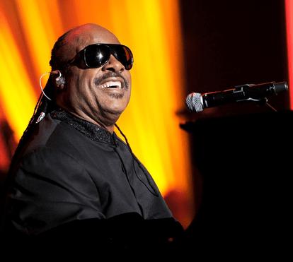 Stevie Wonder vai casar pela terceira vez com Tomeeka Robyn Bracy