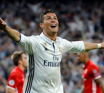 """Cristiano Ronaldo vive noite de glória na Liga dos Campeões mas faz pedido emocionado: """"Não me assobiem"""""""