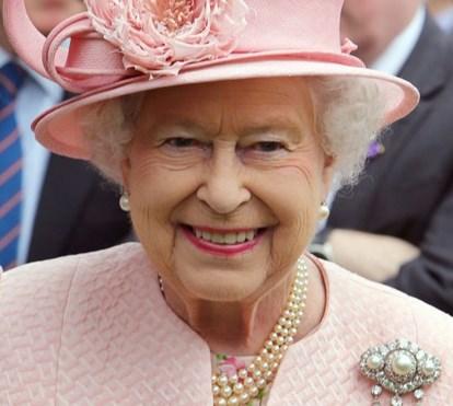 Banda do Palácio de Buckingham assinala o  91ºaniversário de Isabel II
