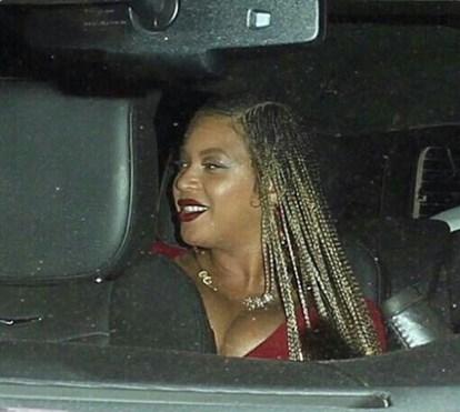 """Fãs chamam """"gorda"""" a Beyoncé, grávida de gémeos"""