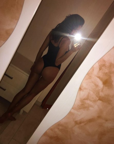 Irina Shayk mostra corpo após ter dado à luz