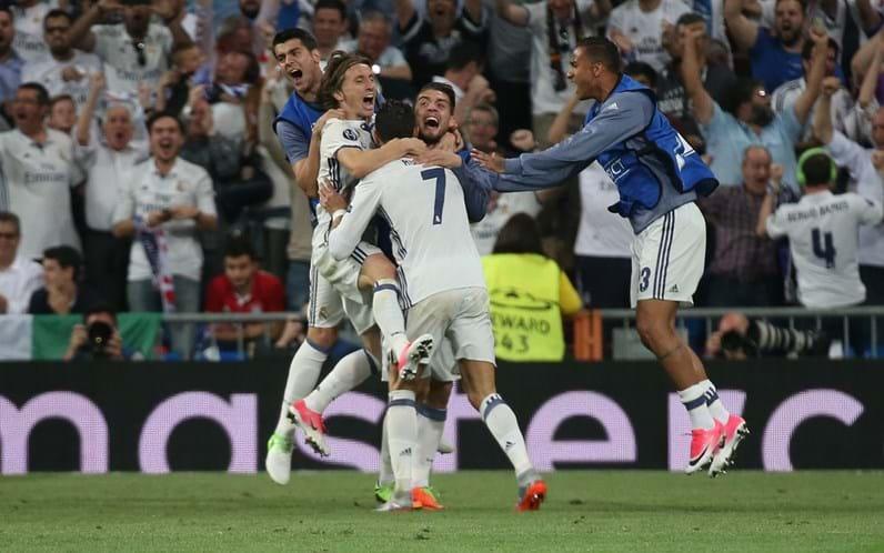 Cristiano Ronaldo e Georgina causam loucura nos fãs