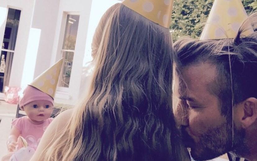 Harper Beckham com o pai David Beckham