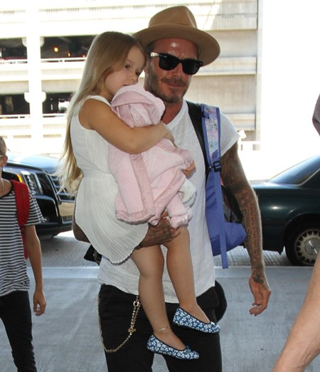 Harper Beckham e o pai