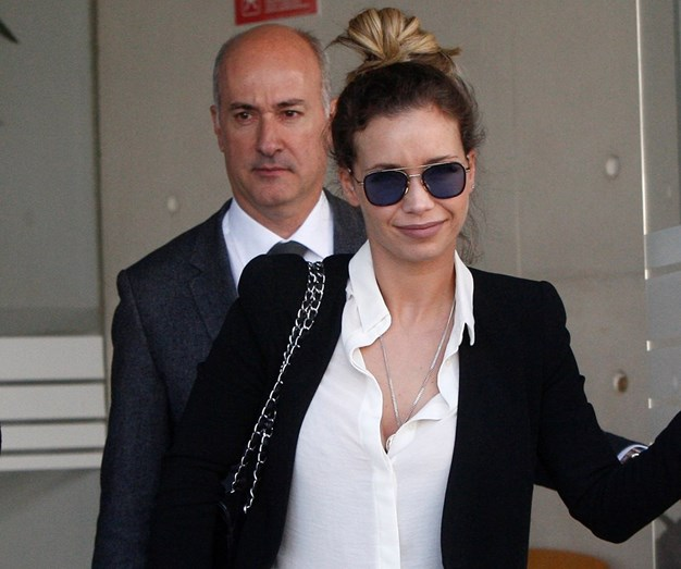 Luciana Abreu à saída do tribunal