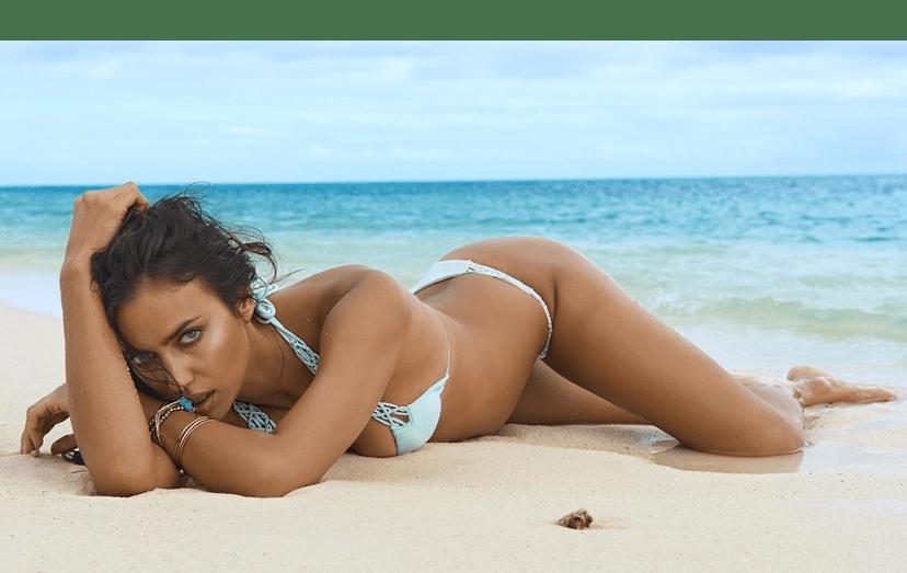 A sensual russa acabou de ser mãe de uma menina, no início de abril de 2017.