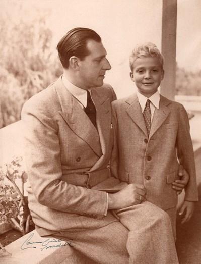 Juan Carlos em criança com o pai, Dom Juan