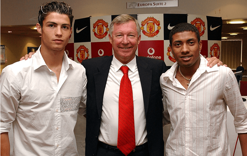 Sir Alex Ferguson, o mítico treinador britânico, ficou fascinado com o futebol de Ronaldo.