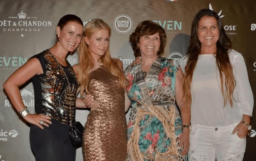 Em 2014, já com as polémicas sanadas, Paris Hilton esteve na discoteca Seven, no Algarve, com a mãe de Ronaldo, Dolores e as irmãs Elma e Katia Aveiro