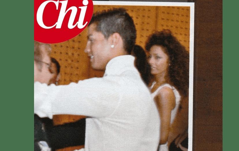 A revista italiana 'Chi' publicou a imagem de Ronaldo e da modelo italiana, em Lisboa, no verão quente de 2009