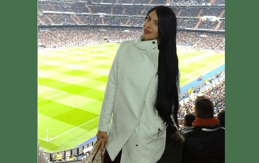 A beldade colombiana, Paula Suaréz, ainda tentou a sua sorte e foi ao Santiago Bernabéu... sem sucesso.