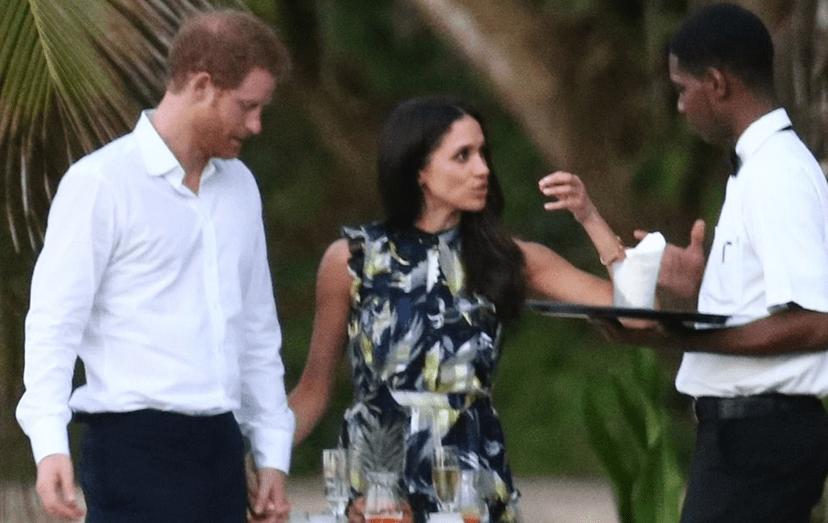 Na Jamaica, a noiva do príncipe irritou-se com um dos empregados que serviam no banquete do casamento dos amigos de Harry.