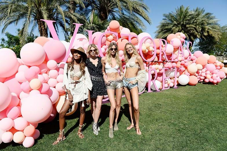 Jasmine Tookes, Alexandra Richards, Martha Hunt e Romee Strijd