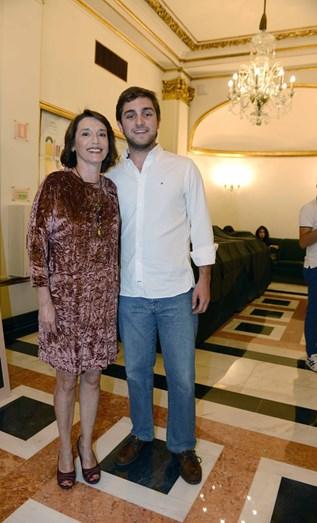 Manuela Couto com o filho, Pedro Tenrinha