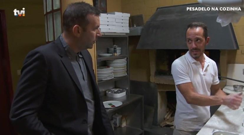 Stanisic e Ivan, funcionário do restaurante