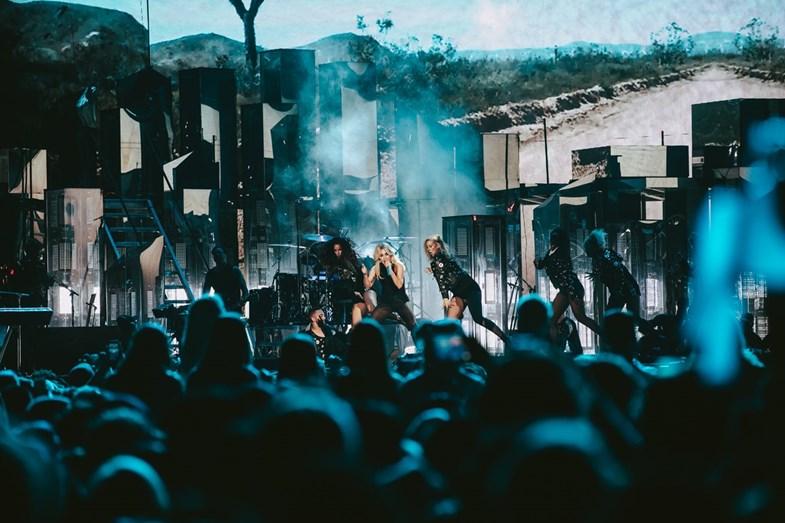 Lady Gaga levou os fãs à loucura no palco principal do coachella