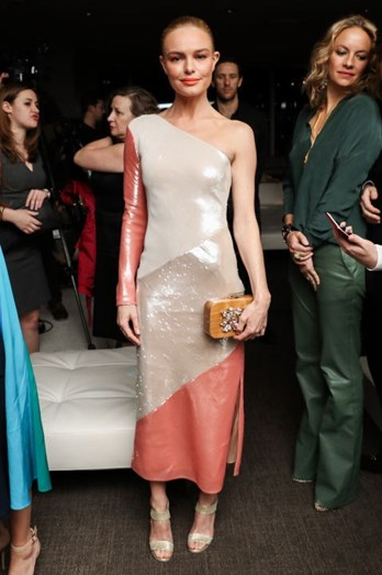 Kate Bosworth destacou-se pela fantástica escolha do look nos 'DVF Awards'