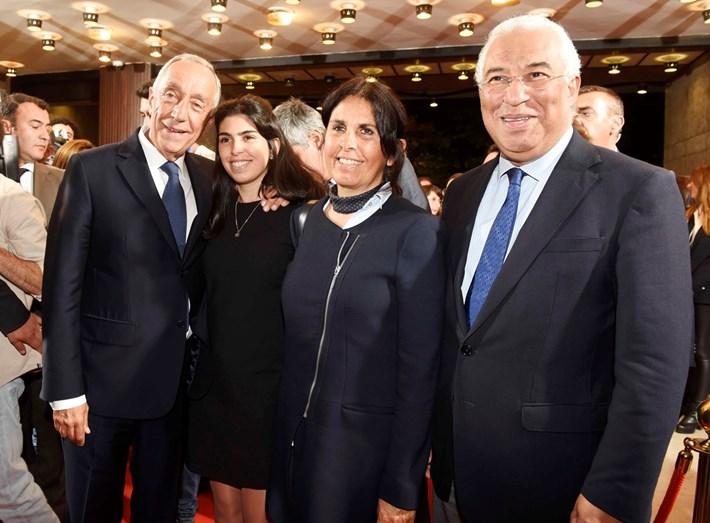 Marcelo Rebelo de Sousa com António Costa e a mulher Fernanda Maria Gonçalves Tadeu