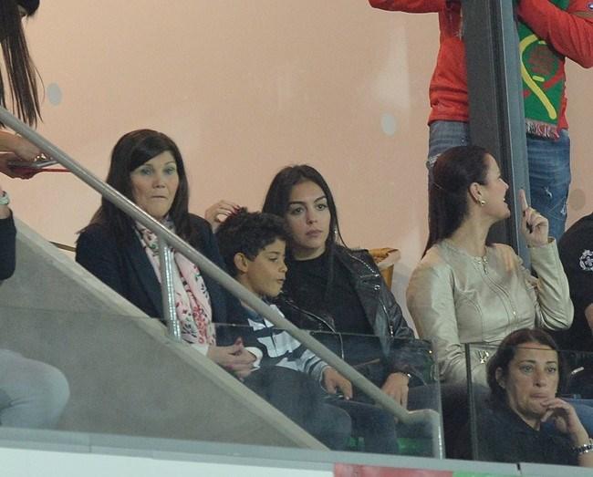 Dolores Aveiro, Cristianinho e Georgina Rodriguez