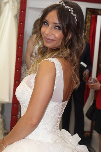 Luciana Abreu vestida de noiva.
