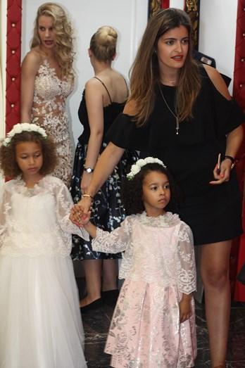 Luciana Abreu adota nova família