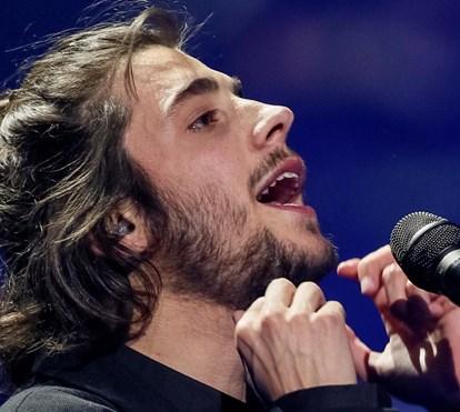 Loucura com primeiro concerto de Salvador Sobral