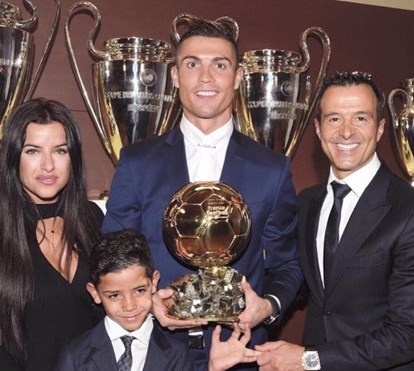 Mulher que gere milhões de Ronaldo preocupada com perseguição ao craque