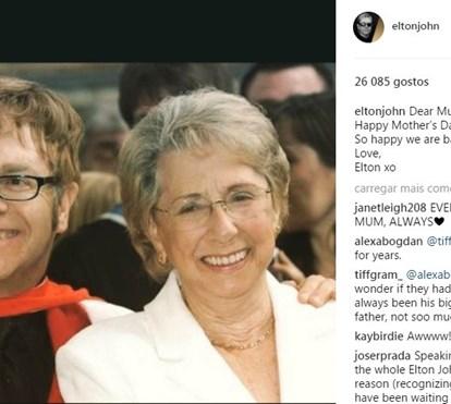 Elton John reconcilia-se com a mãe após ultrapassar grave doença