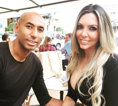 Luisão e mulher de regresso a Portugal após férias românticas