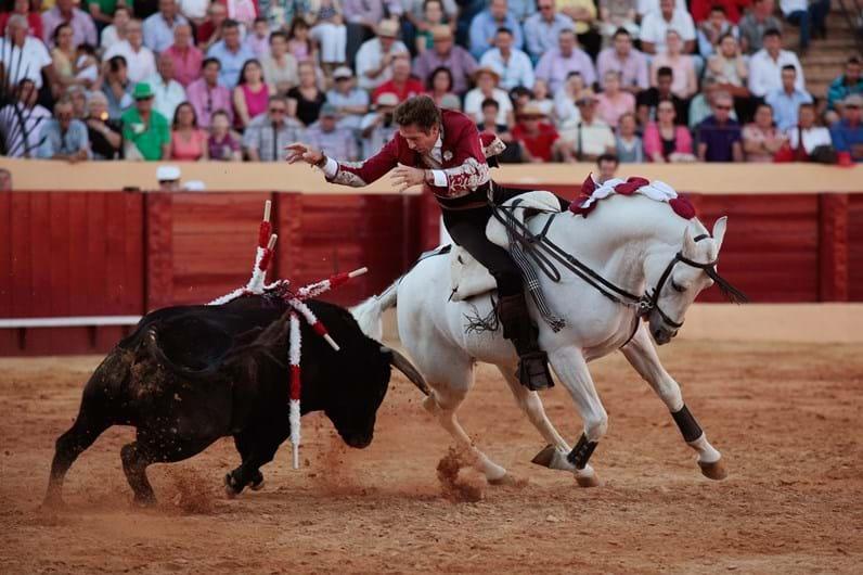 Pablo Hermoso: como um toureiro se prepara para uma corrida em Espanha