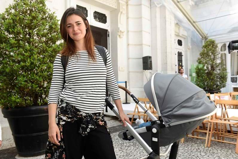 Joana Santos feliz na maternidade