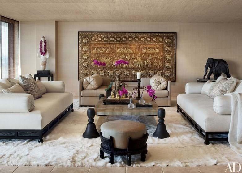 Cher mostra ao mundo o interior das suas casas milionárias